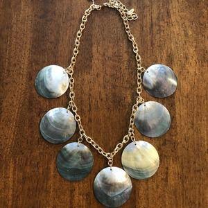 Natasha flat shell necklace NWT
